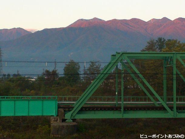 穂高川橋梁と常念岳