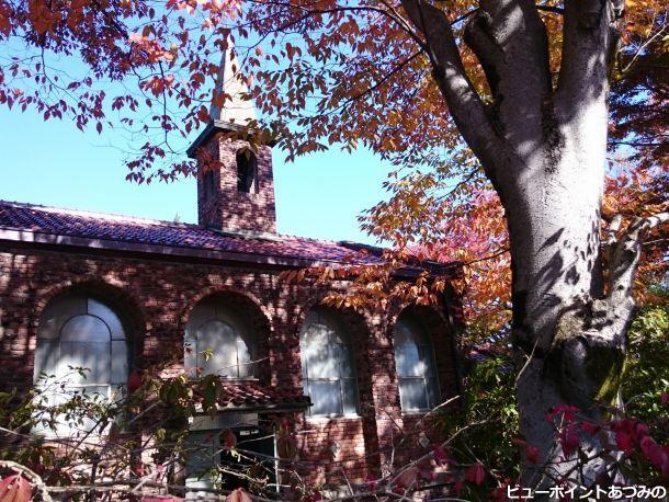 秋色の碌山美術館