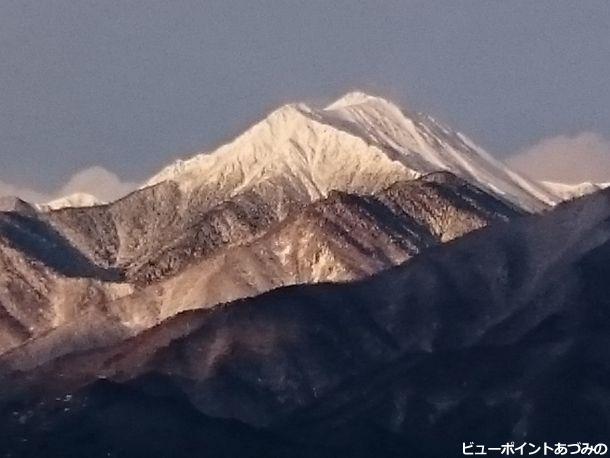 白銀の常念岳