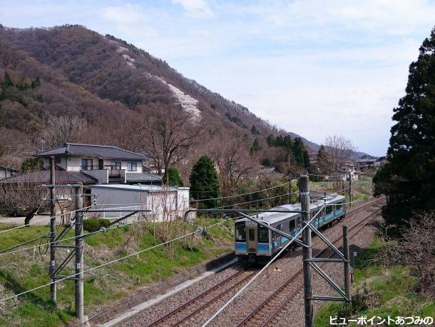 篠ノ井線と登り龍