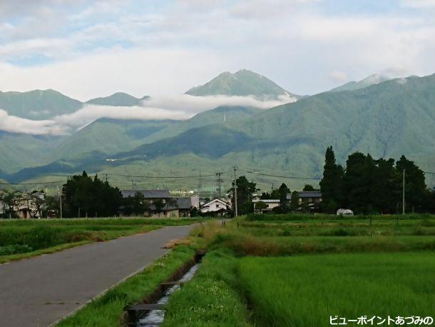 龍雲と常念岳